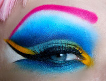 Cute Colorful Pink Eye Makeup