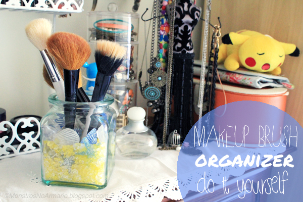 DIY Makeup Brush Holder/Organizer - beach inspired