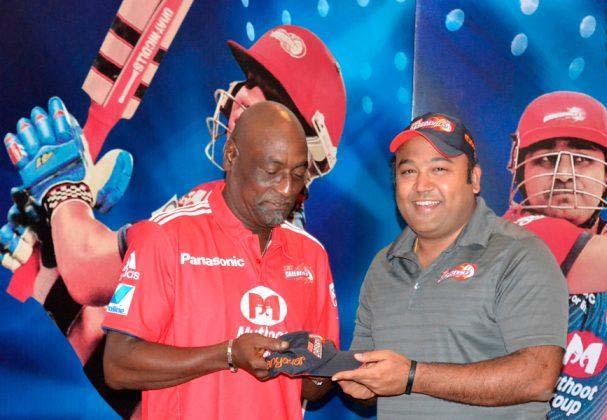 Sir-Vivian-Richards-DD-IPL-2013