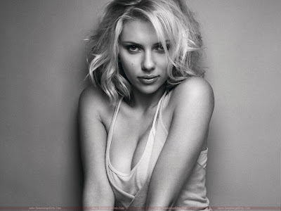 Scarlett Johansson Desktop Wallpaper