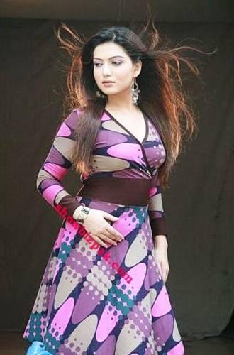 Sara Chaudhry - A Very Popular Actress