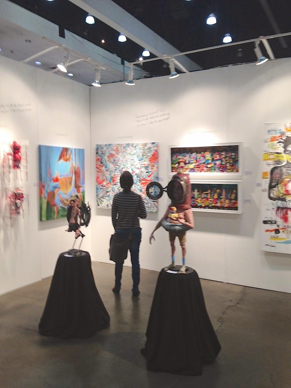 Obras expuestas en el stand de Escarlata Galery en la World Wide L.A 2014
