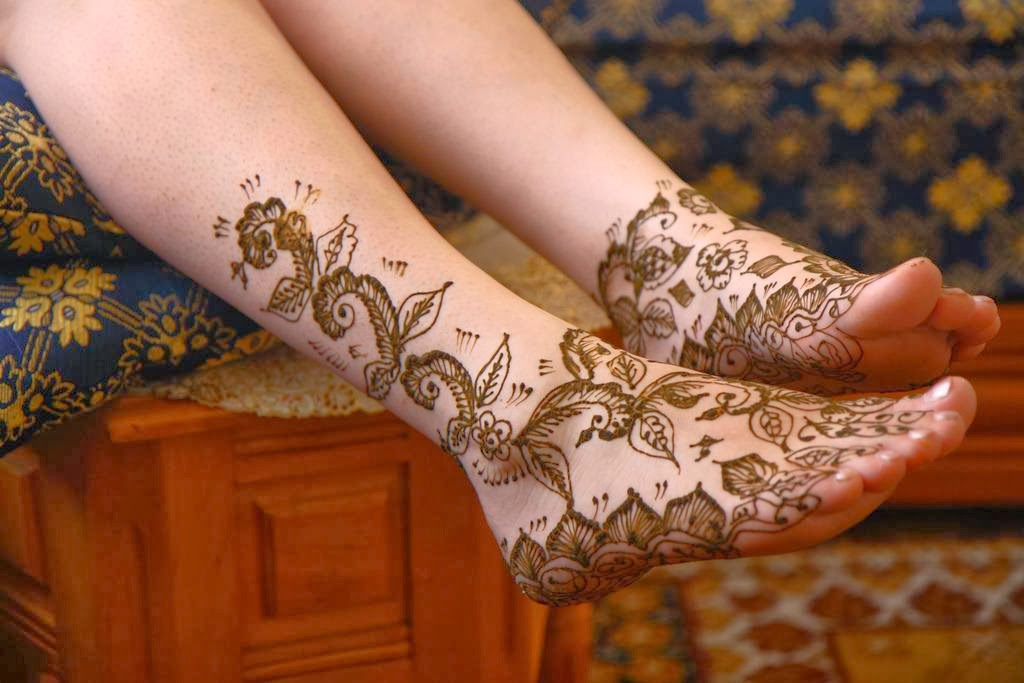 Mehndi Tattoo For Girls : Latest fashion trends stylish girls mehndi tattoos