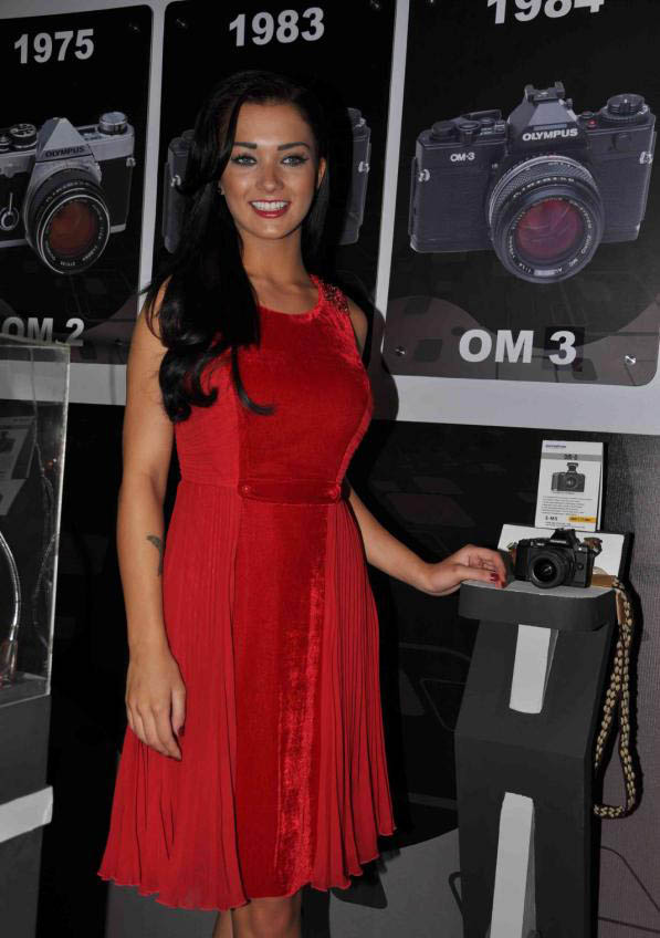 amy jackson launch olympus camera cute stills