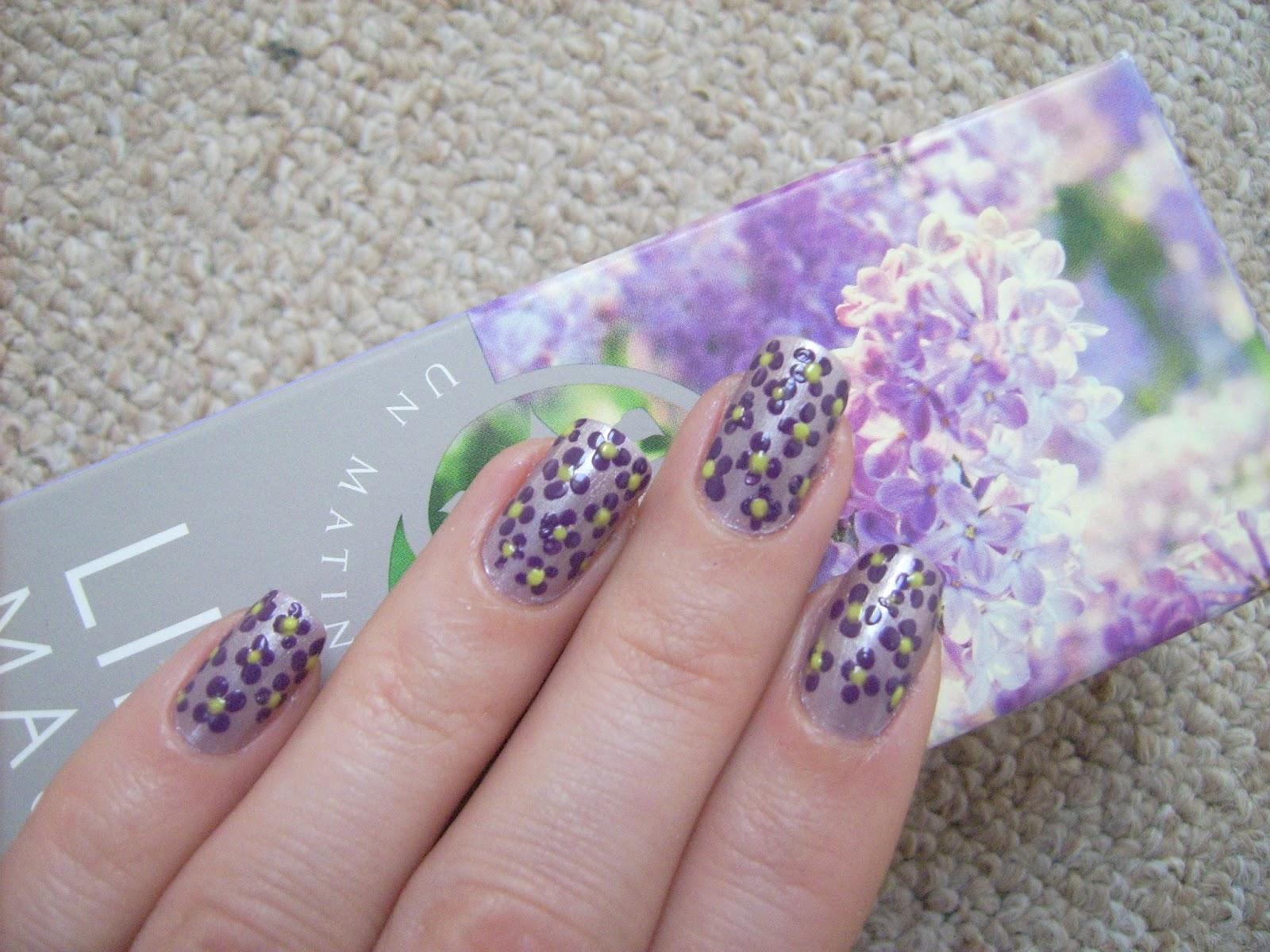 violet nails nail art