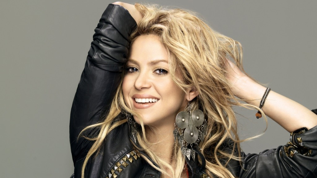 Every Thing At One Blog Shakira Hairstyles