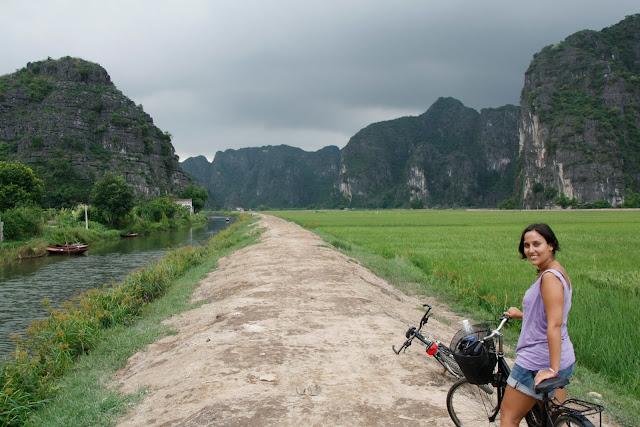 Paseo en bici por Tam Coc.
