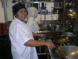 chef tudung saji