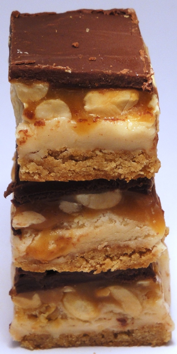 The Cereal Baker: Peanut Butter Cookie Candy Bars