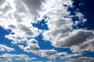 Mirar al cielo buscando respuestas a tus por qués.