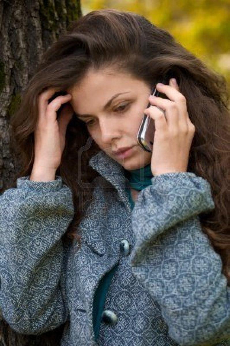 Snr con quién está hablando por teléfono 2 8