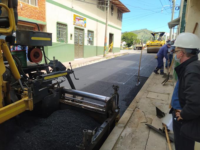 Con pavimentación de vías urbanas de Boavita, avanza mejoramiento de carreteras en Norte y Gutiérrez