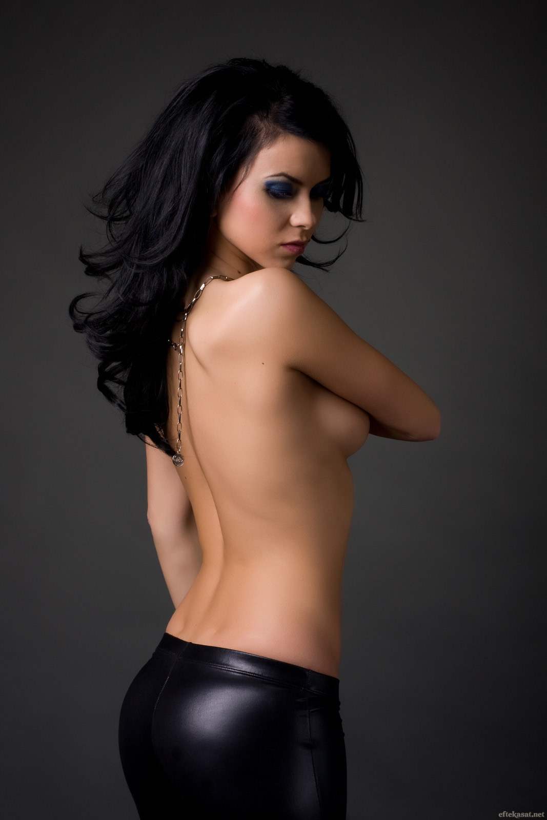 http://2.bp.blogspot.com/-wBeHQ58qUbg/UNcoYZpXjiI/AAAAAAAADvY/5Ga52K0Uw84/s1600/Inna%2B07.jpg