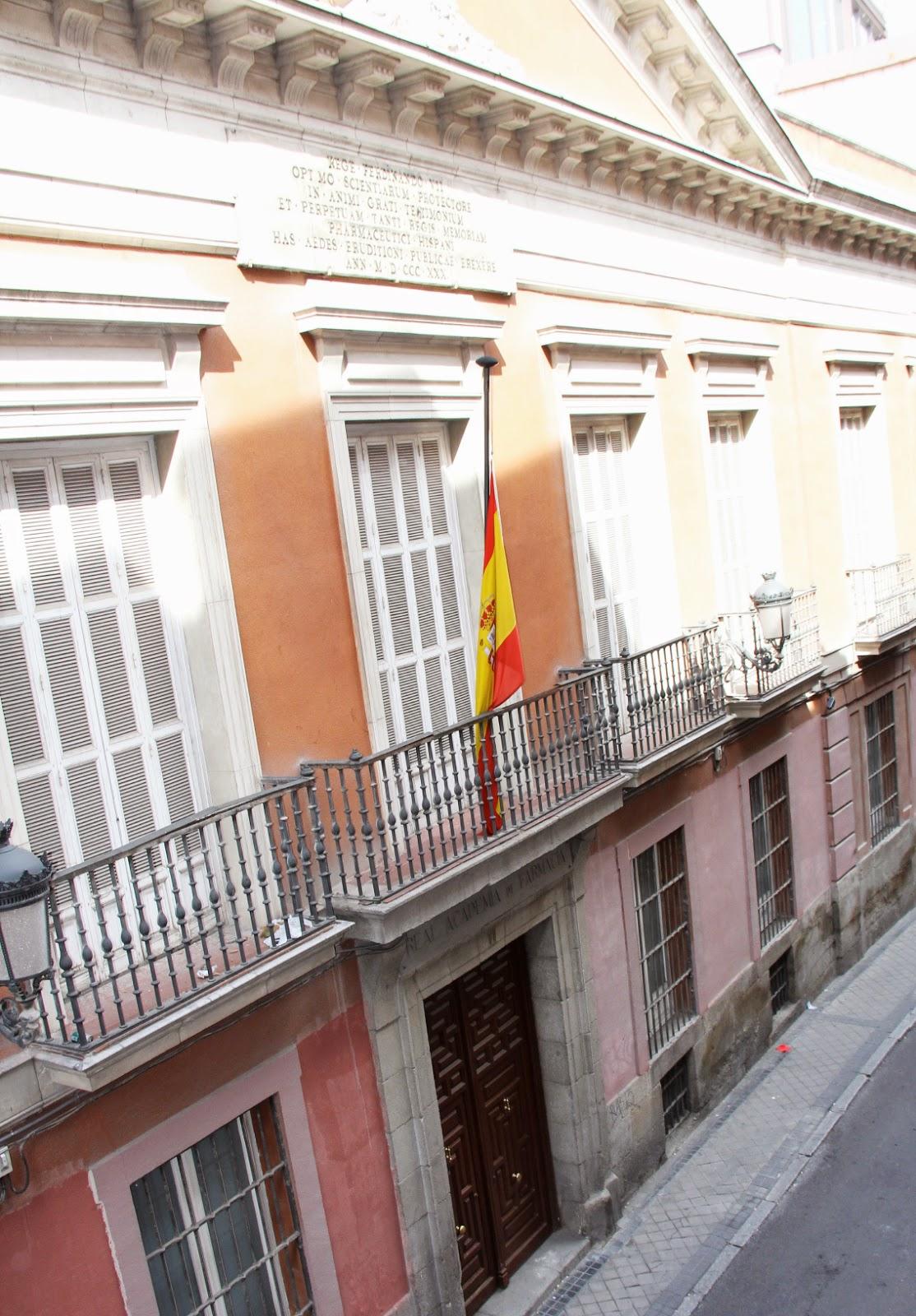 APARTAMENTO/ LOFT EN BARRIO DE CHUECA- MADRID   in-studio