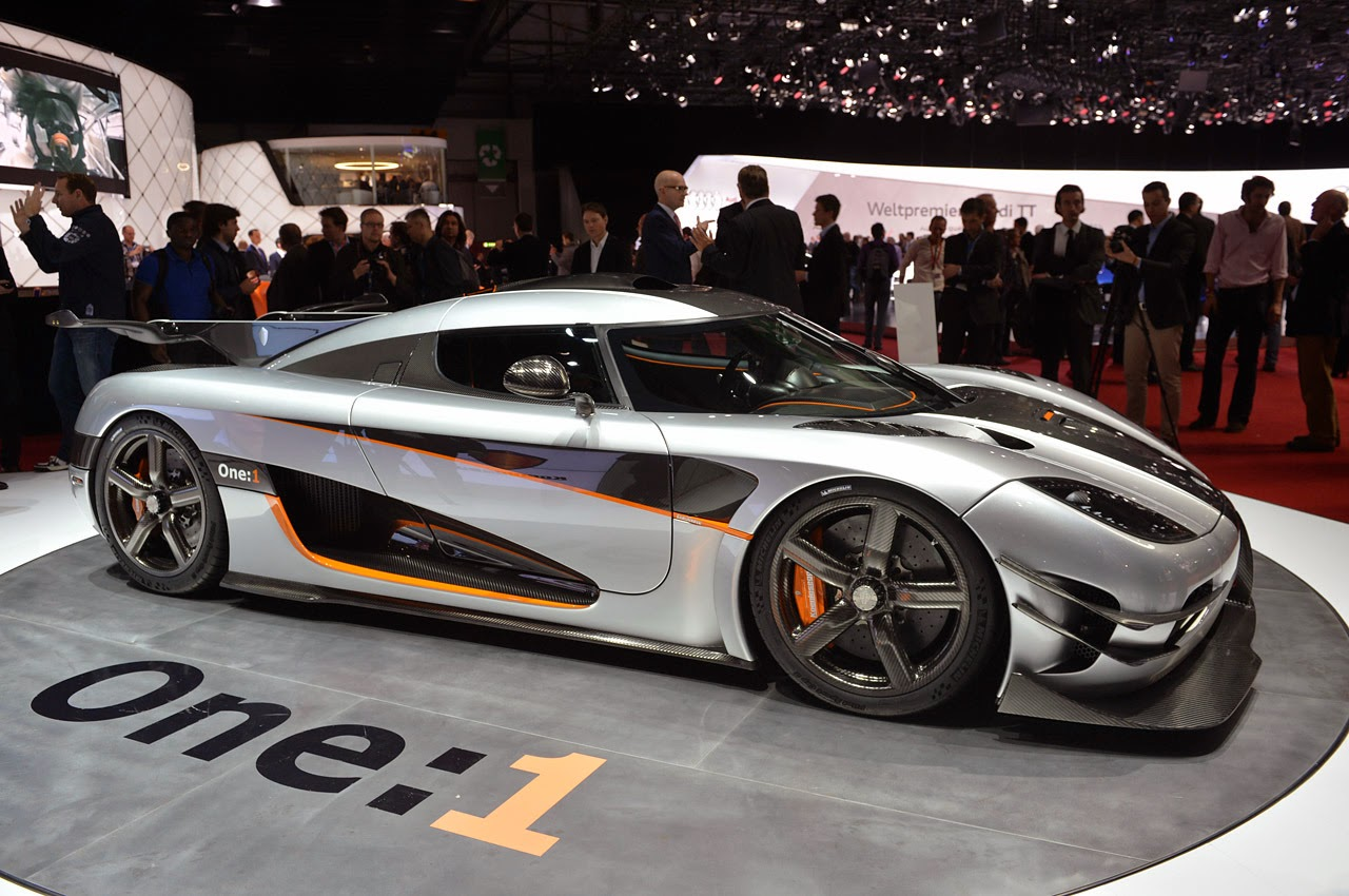 automotiveblogz koenigsegg agera one 1 geneva 2014 photos. Black Bedroom Furniture Sets. Home Design Ideas