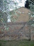 Risanamento mura Cimitero di Montefiore