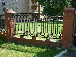 Забор металлический из профильной трубы. Фото 12