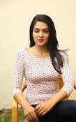 Sakshi chowdary latest glam pics-thumbnail-19