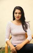Sakshi chowdary latest glam pics-thumbnail-19