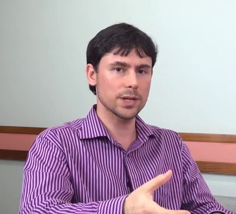 Dr. Matheus Ribeiro