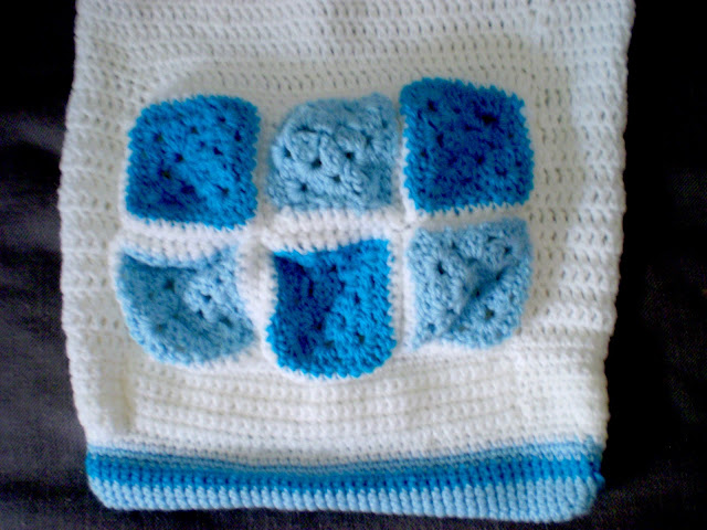 granny squares crochet bag easy handmade white and blue