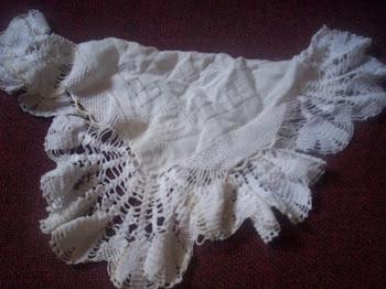 confeccion de pañuelo tejido a mano y calado