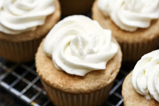 whipped-cream-on-cupcake