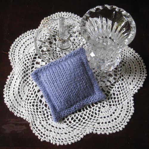 Knitted Sachet Pattern : Knot Knecessarily Known Knitting: Double Knit Sachets