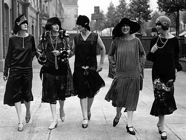 Flappers - The Roaring Twenties - YouTube