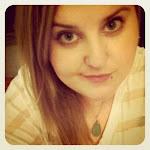 Hi, I'm Sara Bee!