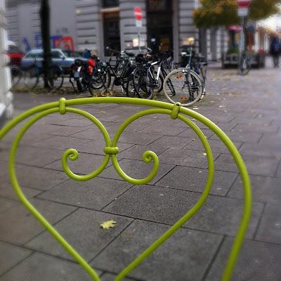 Bild durch Stuhl Wohngeschwisterchen Hamburg