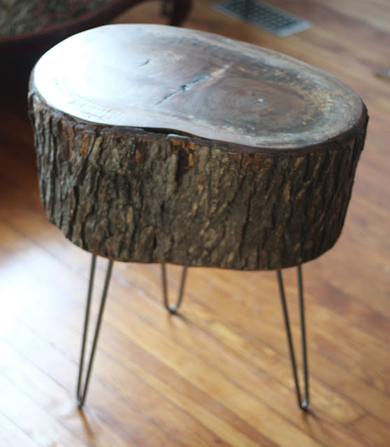 17 Apart: How To: DIY Stump Table