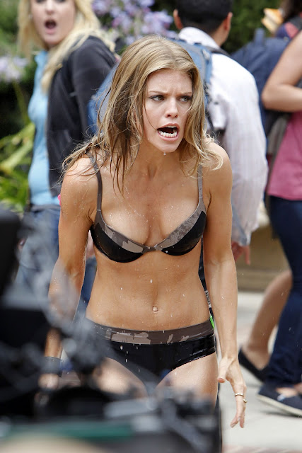 AnnaLynne McCord  In  Bikini