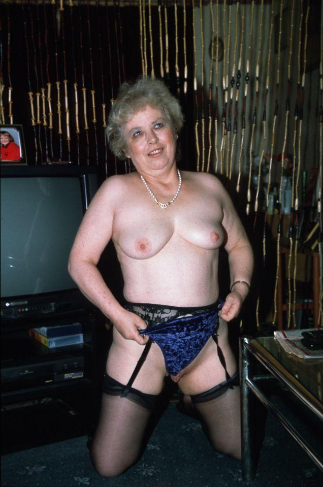 Sue hat diesen Schwanz hart bekommen