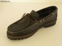 Estilo de zapatos tipo mocasines
