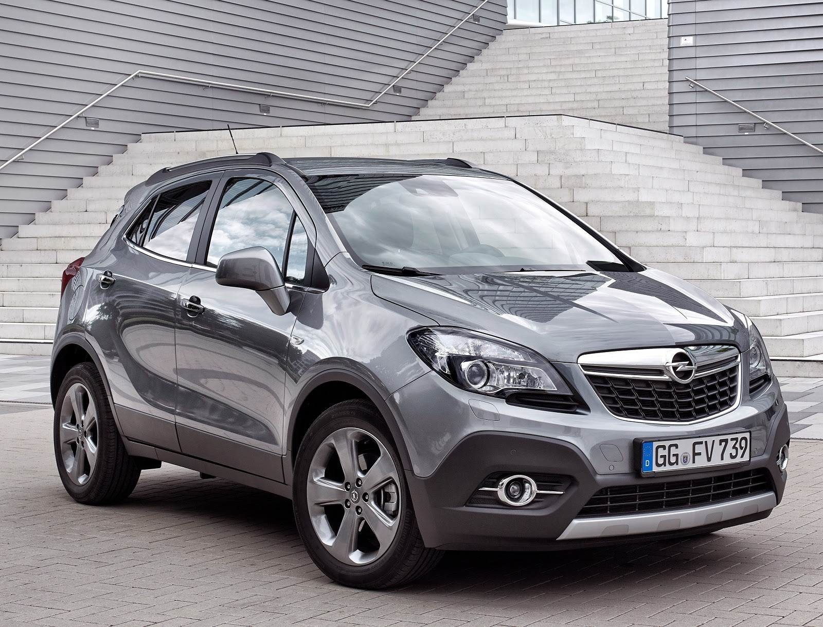 opel mokka 1 6 cdti turbo diesel compact suv car reviews new car pictures for 2018 2019. Black Bedroom Furniture Sets. Home Design Ideas