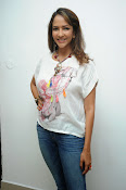Lakshmi Manchu Latest Stylish Photos-thumbnail-3