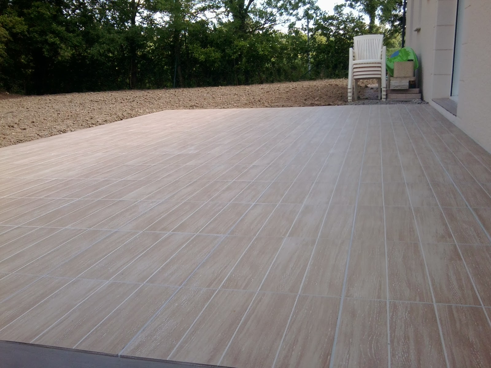 Pose carrelage terrasse imitation bois for Carrelage exterieur 10x20