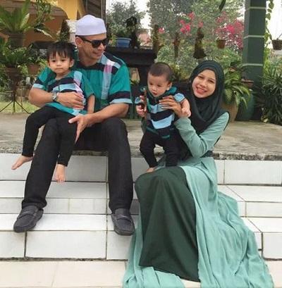 Keluarga bahagia, Norman Hakim dan Memey