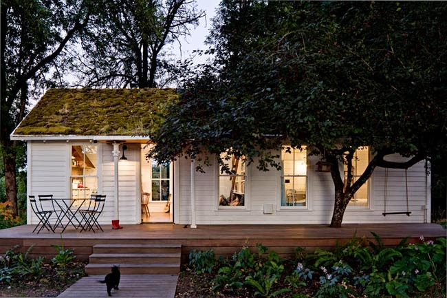 A Joyful Cottage Living Large In Small Spaces Sauvie