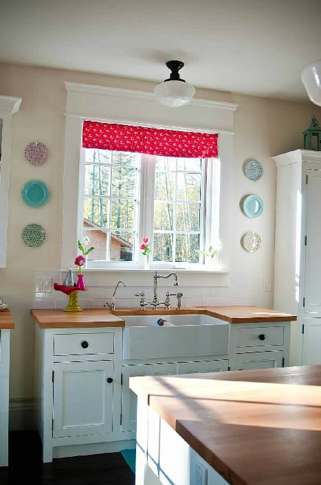 Canadian Made Unfitted Cottage Style Kitchens