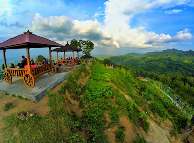 Beberapa Gazebo yang siap pengunjung gunakan untuk beristirahat dan menikmati pemandangan di Green Village Gedangsari Gunungkidul