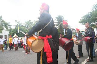 Chaonechoan : Tari Maengket