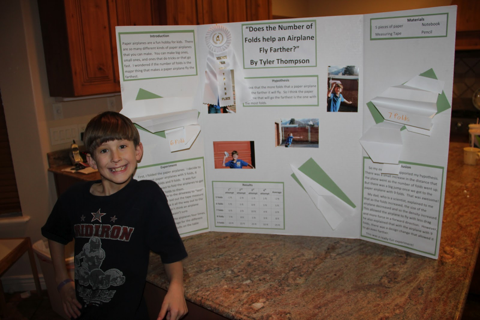 science fair project essays If you are doing an actual science project, then you will have to devise an  experiment to test that question if you are doing a written essay.