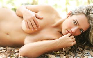 Fotos e vídeos de Sexo Explícito - Gemidos e Sussurros