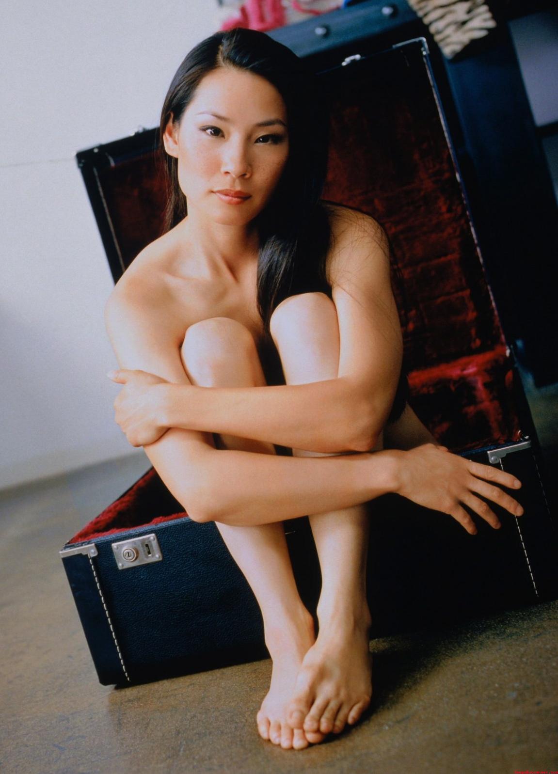 Lucy Pinder desnuda - haztepajascom