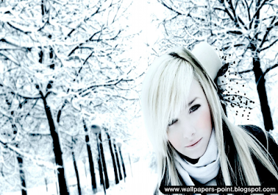amazing winter girl wallpaper