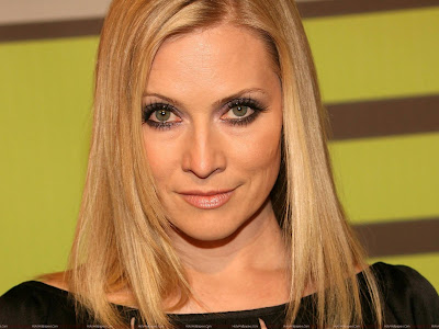 Emily Procter Wide Screen Wallpaper-1600x1200