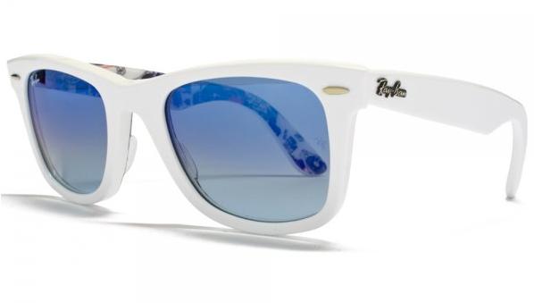 mirrored sunglasses trend