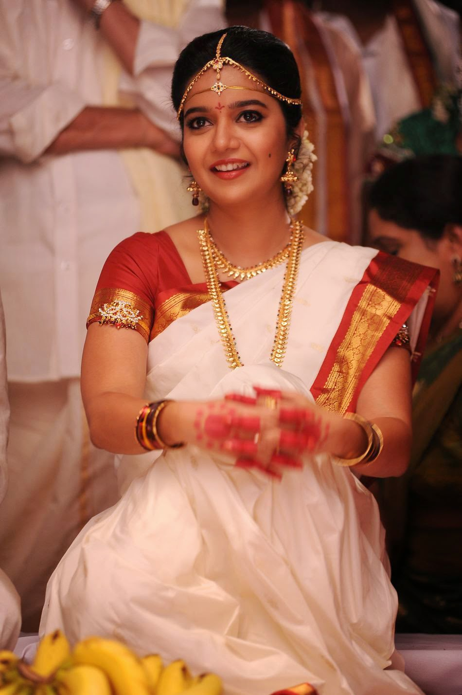 Colour Swathi in Tripura Movie HD Stills